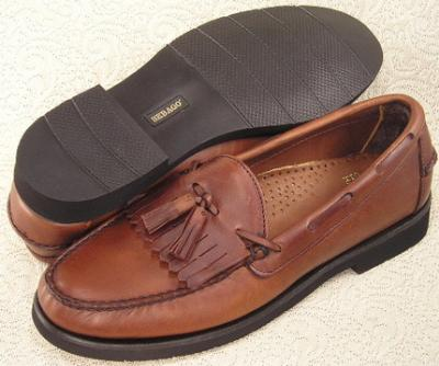 Picture of Sebago Brume Kilt Tassel Slipon (Brown)