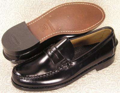 Picture of Sebago Classic Penny Loafer (Black)