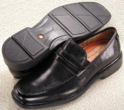 Picture of Clarks Un Deepdale Slipon 86100 (Black)