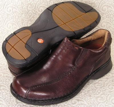 Picture of Clarks Un Seal Slipon