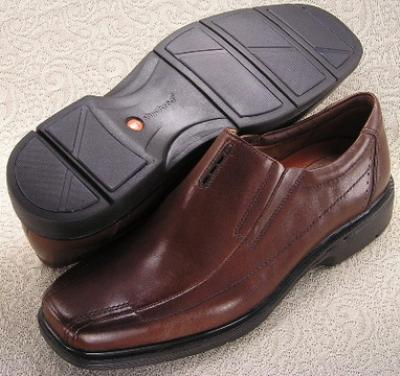 Picture of Clarks Un Sheridan Slipon (Brown)