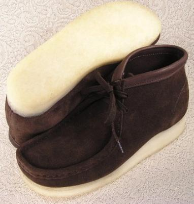 Picture of Clarks Wallabee Boot Original (Brown Suede)
