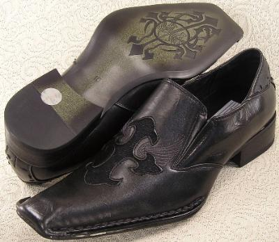 Picture of Bravo Fashions Poe Crest Slipon (Black)