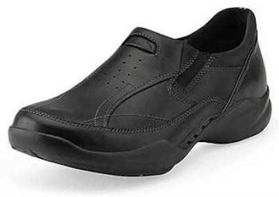 Picture of Clarks Wave Path Slipon (Black)