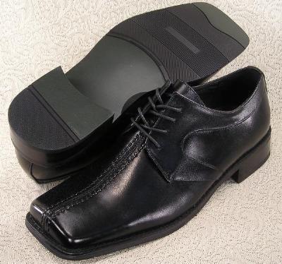 Picture of Giorgio Brutini Oxford Wide Toe (Black)