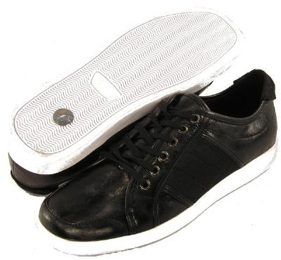 Picture of Bravo Traver Sport Oxford (Black)